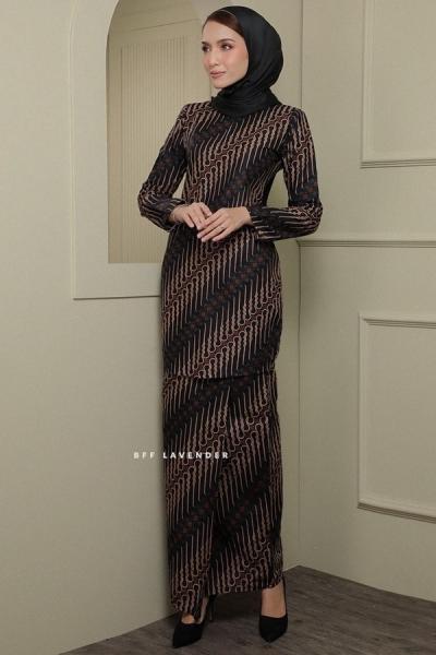Kurung Modern Batik Black