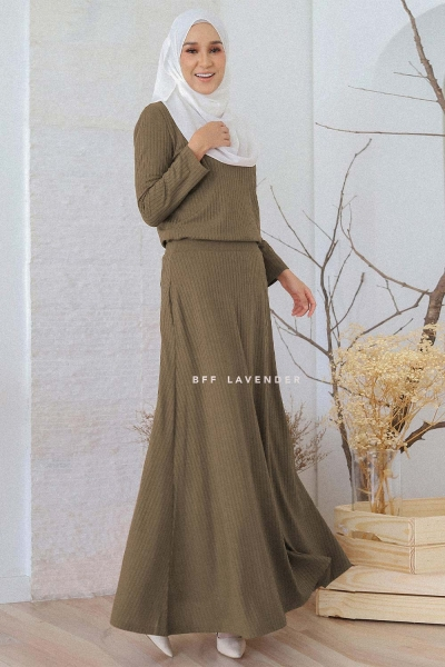 Flared Ironless Comfortwear Army Green