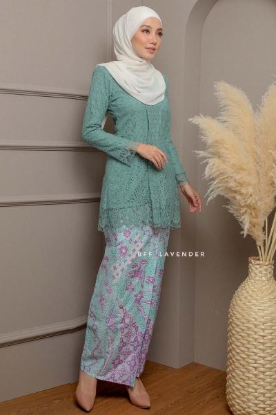 Kebaya Lace Batik Turquoise